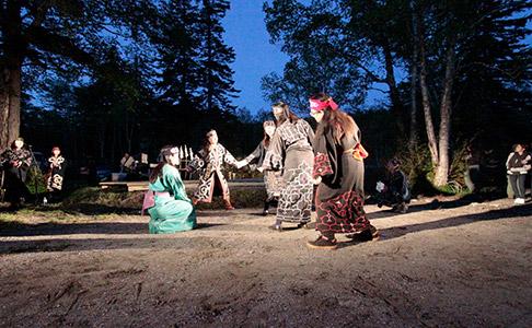 アイヌ古式舞踊の写真3
