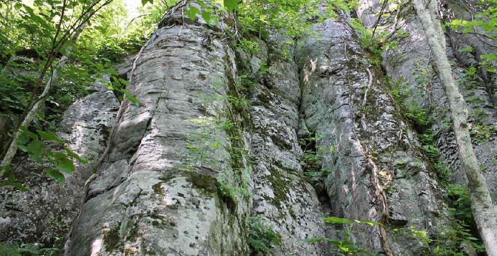 石垣山、サン山の神、アイヌの古戦場の写真