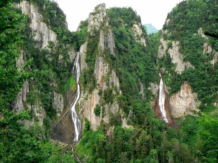 双瀑の滝の写真