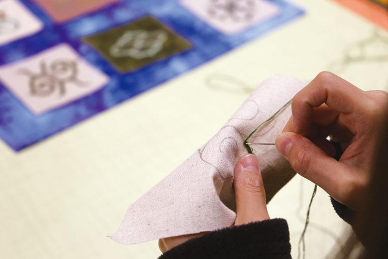 アイヌ刺繍体験